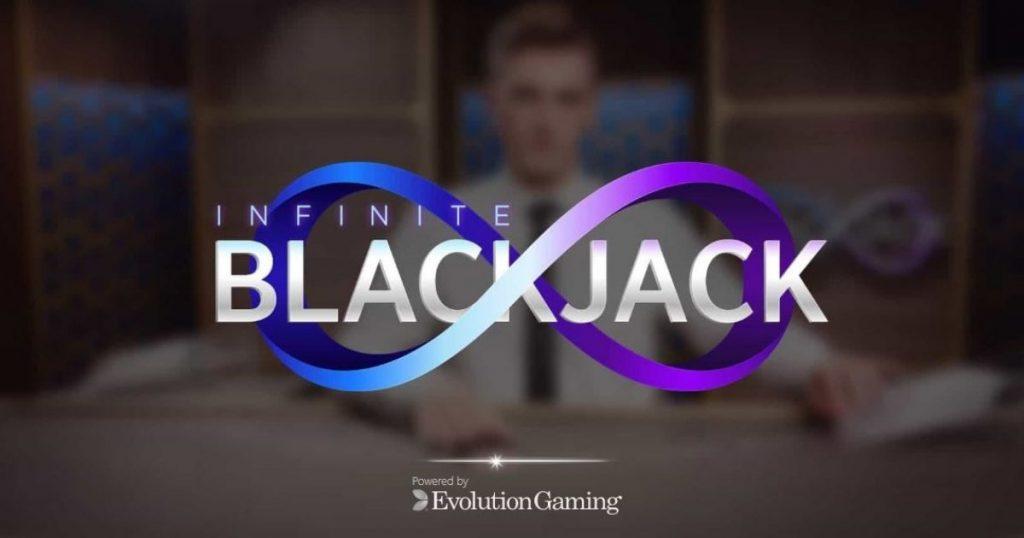 Infinite Blackjack - Ubegrenset med seter rundt bordet